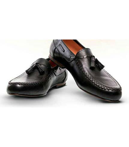 Black Tassel Shoes